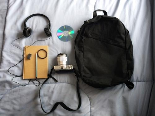 カメラと荷物