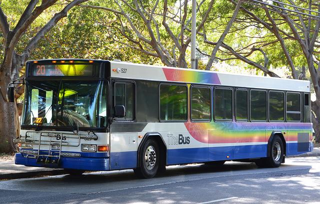 ホノルルの市営バス