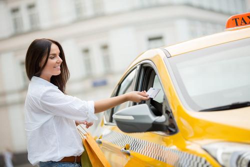 タクシー支払