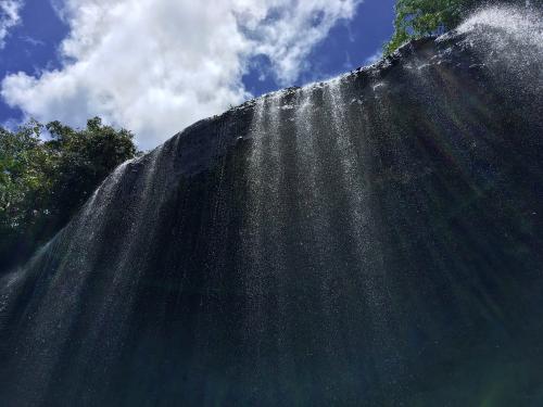 グラスマオの滝