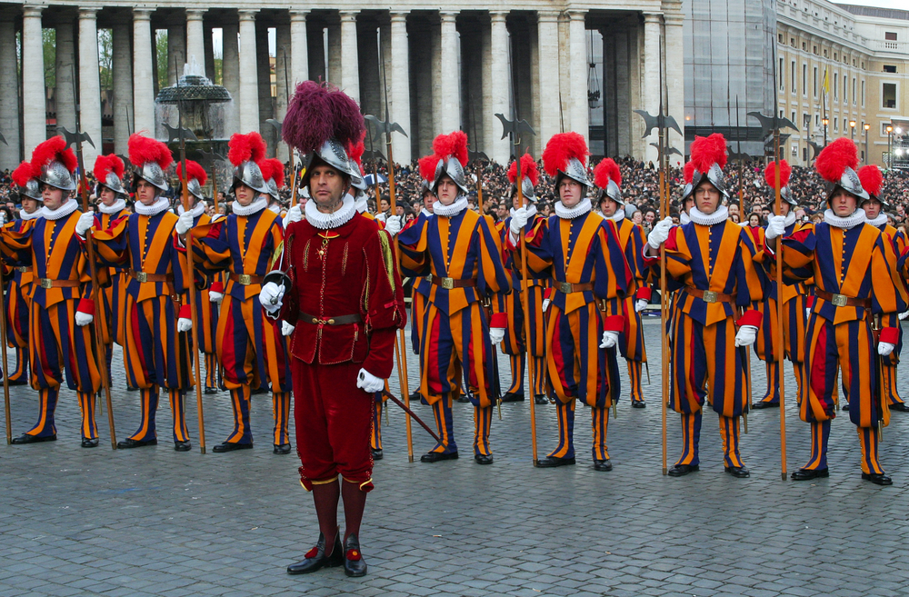 https://imatabi.jp/wp-content/uploads/2019/10/Swiss-Guards-.jpg
